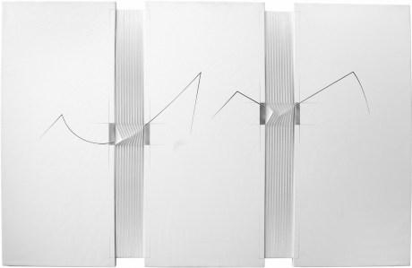 """<span class=""""nome_artista"""">Alberto Biasi<p class=""""nome_opera""""> SENZA TITOLO </p><p class=""""info_opera"""">rilievo e acrilico su tela<br>2002, cm 100 x 156</p></span>"""